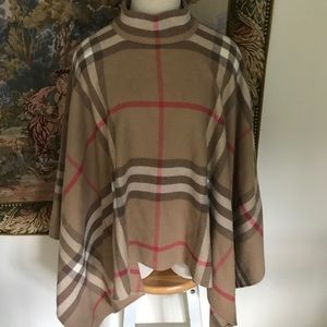 Burberry London Wrap/Cape